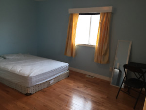 A nice master ensuite bedroom for rent