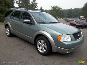 2007 Ford FreeStyle SEL SPORT--3.0L V6--ONE OWNER-ONLY 135,000KM