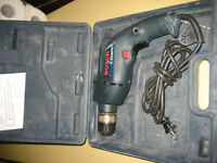PERCEUSE BOSCH ELECTRIQUE / ELECTRIC BOSCH DRILL