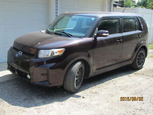 Scion xB Hatchback 2011