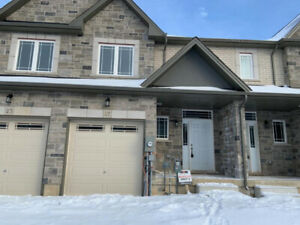 Beautiful brand new home for Lease in Ancaster