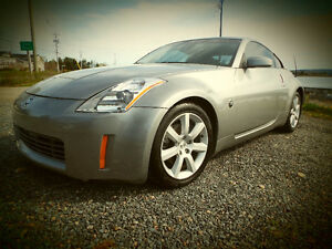 2005 Nissan 350Z 35th ANNIVERSARY EDITION COUPE ( 2 DOOR )