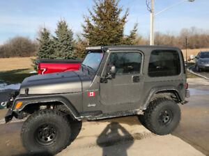 Jeep TJ hard top, soft top and doors