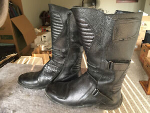 Ladies motorcycle style boots