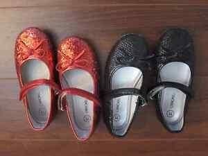 Size 11J girls shoes.  Sparkle black or red