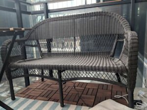 Patio 2-seat Wicker Sofa