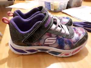 Light up size 11 girls skechers
