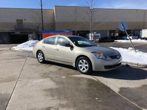 2009 Nissan Altima,  Leather sunroof, Auto, 3/Y Warranty Availab