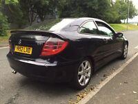 Mercedes C220 ** 2.2Cdi ** 6 Speed ** FSH ** Spares or repair ** Long Mot ** £750
