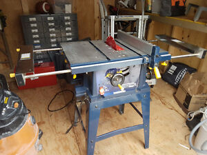"10"" Deluxe Mastercraft Table Saw 15 Amp w/ 50 tooth Freud blade"