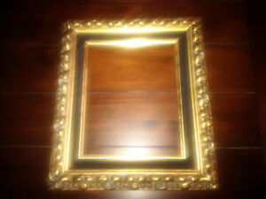 Vintage 8x10 picture frame. Great for an oil painting.  Check ou