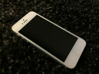 REDUCED!! 16GB iPhone 5 w/ Charger