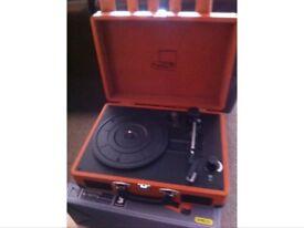 Retro record player with needle comes in box