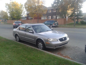 Nissan Maxima GLE 2000 low 175 000 KMS