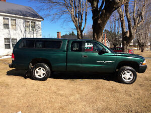 1999 Dodge Dakota 4X4 Pickup Truck Low KM'S