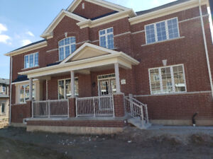 Newly built 4 bedroom house for rent available in Milton