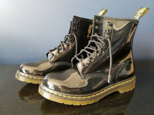 Dr Marten - 1460 8 eye Patent  Leather Boots ( Size 6 Womens )