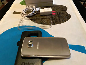 Samsung Galaxy S6 EDGE Gold 32GB -UNLOCKED, Like new with Case