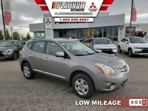 2013 Nissan Rogue S  Under 11,000KM-Backup Sensors-Bluetooth
