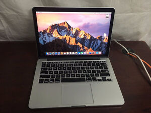 Macbook Pro 13'' Early 2015 Retina  8GB, 256GB Applecare