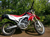 2014 Honda CRF250L - Street Legal/Excellent Condition