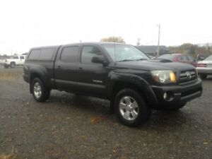 2010 Toyota Tacoma SR5 OFF ROAD !! 4X4 !! V6 !! 4 DOOR !!