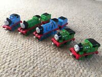 Thomas the tank engine take n play engines & rolling stock