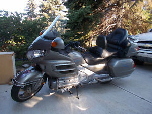 2002 Gold Wing Low Miles - Great Condition