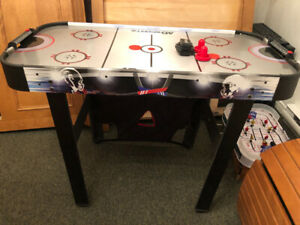 Table de hockey sur coussin d'air (air Hockey table)
