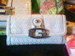 Purses that are still available London Ontario image 2