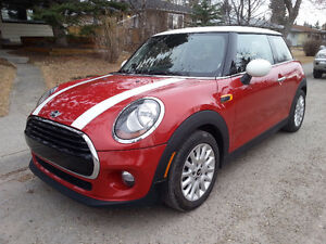 2016 MINI Cooper Hatchback - Super Fun - By Owner