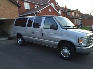 2010 Ford E350 passengers van for sale
