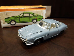 Alfa romeo guilia ss , die cast model made in USSR 1/43