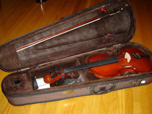STENTOR STUDENT STANDARD 4/4 FULL SIZE VIOLIN OUTFIT with CASE &