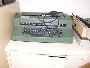 IBM SELECTRIC TYPERITER WITH FREE SMITH CORONA West Island Greater Montréal image 1