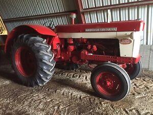 IH 560 Tractor, diesel