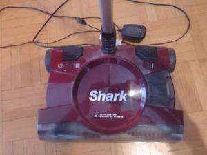 Balayseuse Shark