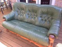 Green Leather Settees/Sofas
