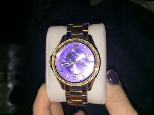 For sale 1 ladies Fossil watch