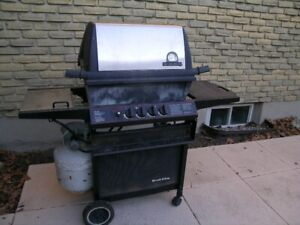 Propane BBQ with Rotisserie and Accessories