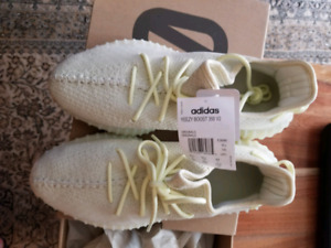 Yeezy 350 butter size 10