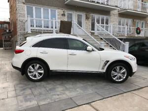 2015 Infiniti QX70 21-Month Lease Takeover, Very Low Mileage