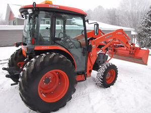 One owner Kubota L-4240 4x4 loader with cab only 250 hrs