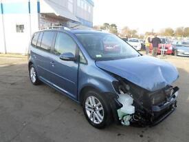 Volkswagen Touran 1.6TDI ( 105ps ) Tech ( s/s ) 2012MY BlueMotion SE