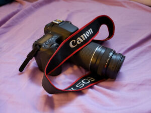 Canon EOS 70D DLSR Camera + 75mm - 300mm Variable Lens