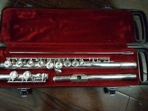Yamaha Flute- Excellent Condition- Good for students