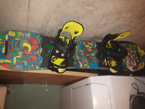 Snowboard / planche enfant Burton Chopper 120cm +fix Morrow