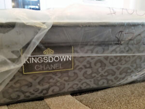 New Luxury Pocket Coil King Bed + Free Box
