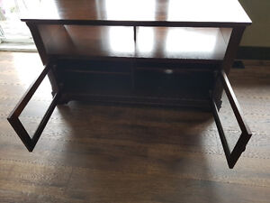 Solid wood Tv stand  ( Great condition)