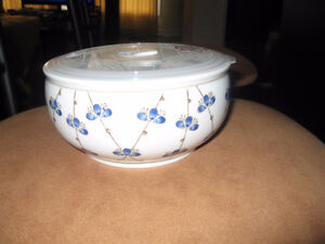 Bowl with Steamer Lid Microwave Safe